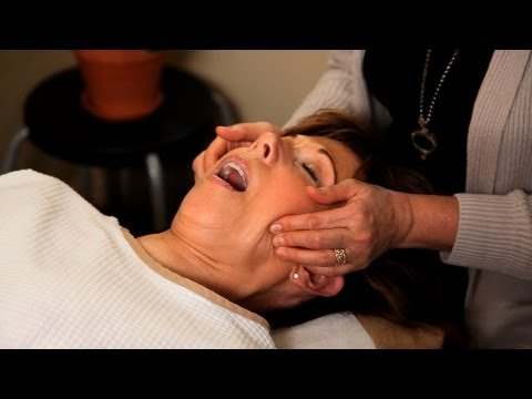 How Is TMJ Pain Treated? | Chiropractic Care