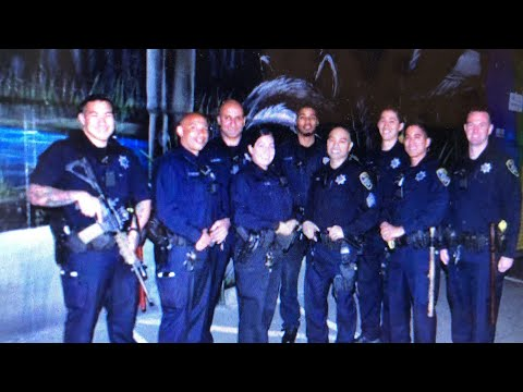 Oakland Police Recrutement Photo Shows Officer With Assault Weapon