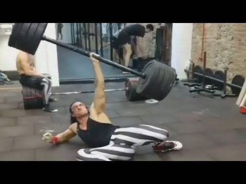 Fake Weights Are Now Used In Turkish Get-Up