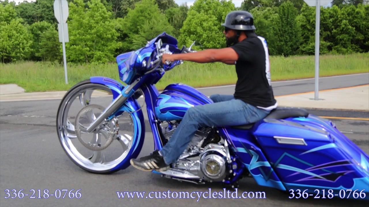 Harley Davidson Bagger Custom