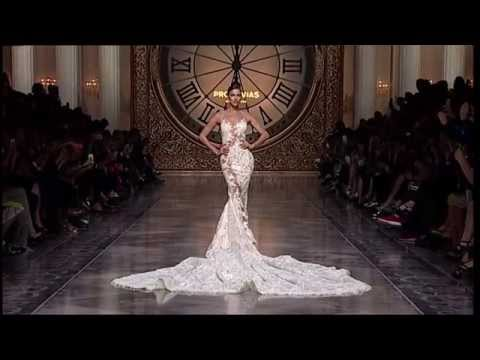 Pronovias 2016 Fashion Show