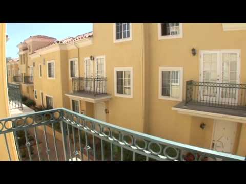 3 Bed + 2.5 Bath Santa Monica Townhome For Sale