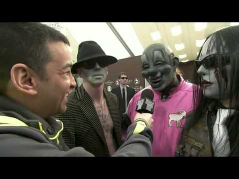 Slipknot Interview : Clown PWNS Reporter