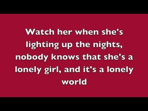 Girl On Fire Alicia Keys (Inferno Version) Ft Nicki Minaj