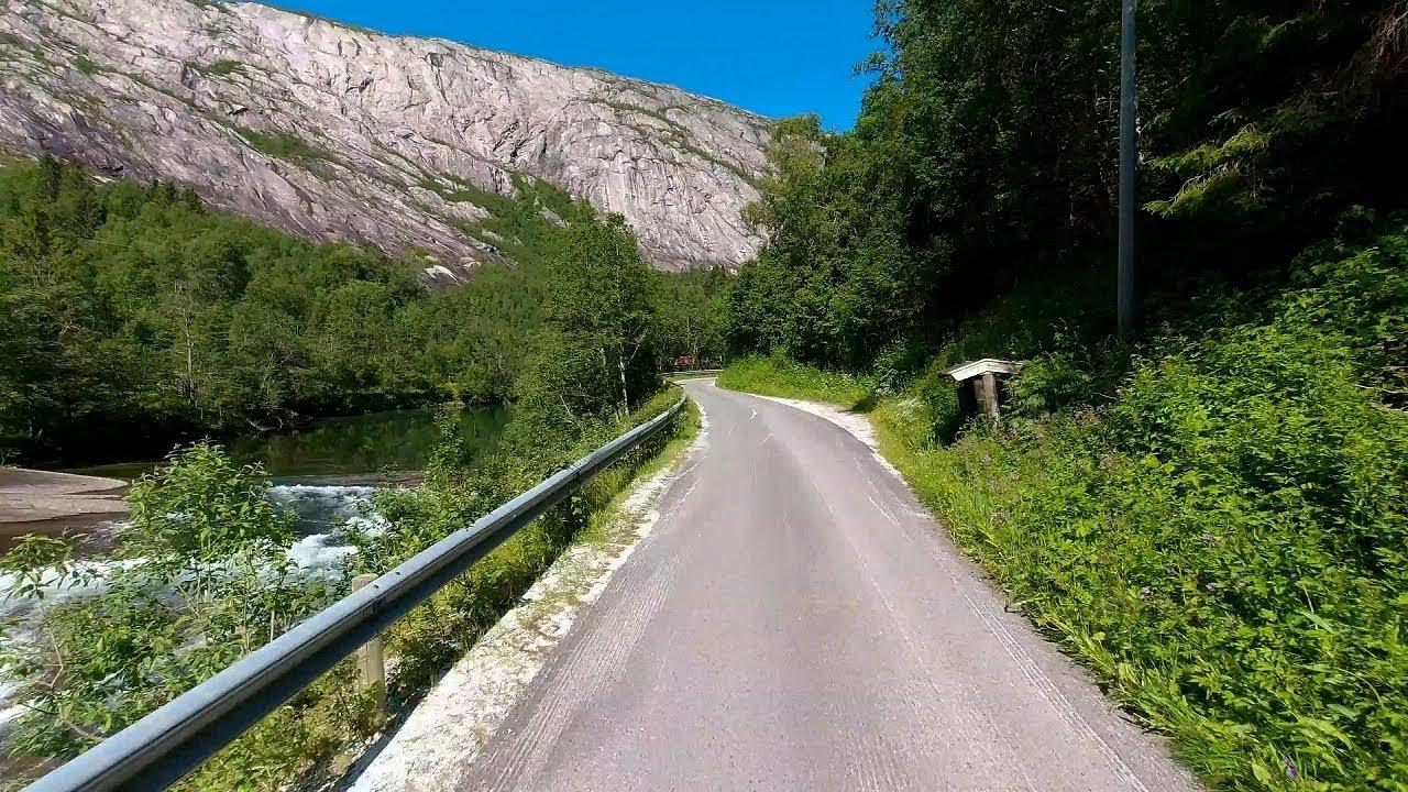 Sykkeltur langs Nordfjordelva i Sørfold