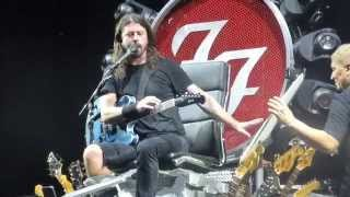 Foo Fighters - Band Intros→Paper Taylor Head→Cold Day in the Sun (ACL Fest 10.09.15) [Weekend 2] HD