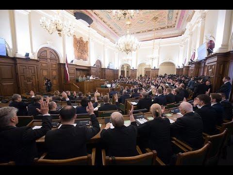 12.Saeima sanāk uz pirmo sēdi