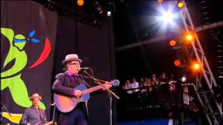 Jimmie Standing In The Rain Glastonbury 2013 6min with intro - Elvis Costello