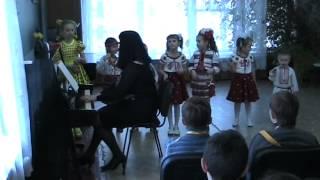 відкрите заняття молодшої групи зразкового вокального ансамблю Каприз