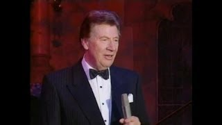 Max Bygraves - Singalonga Christmas - Scottish Medley