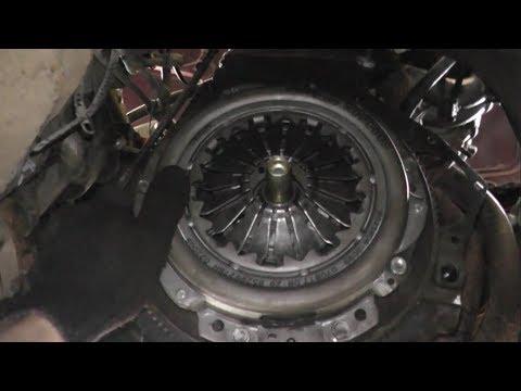 Замена сцепления и заднего сальника коленвала на ВАЗ 2107