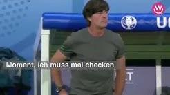 Der trainer von Deutschland singt ein lied