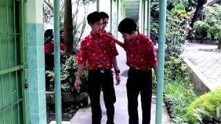 Video OJO TELAT - FILM PENDEK BAHASA JAWA (SMAN 2 BLITAR) download MP3, 3GP, MP4, WEBM, AVI, FLV Oktober 2018