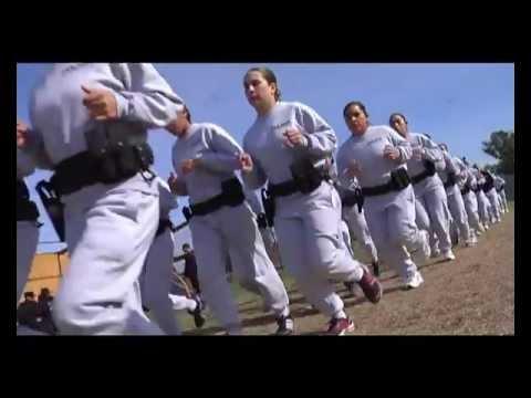 Mujer policia de mexico baila desnuda frente a la camara - 1 part 2