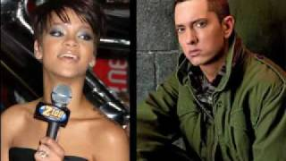 Love The Way You Lie-Eminem Featuring Rihanna(Moon music video)