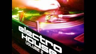Beattraax - Voodoo Music (Jackie & Jones vs Beattraax Mix)