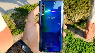 [Hindi] Samsung A50 Retail Unit Unboxing and Fingerprint Scanner Test with Tempered Glass!