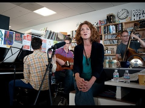 Hem: NPR Music Tiny Desk Concert