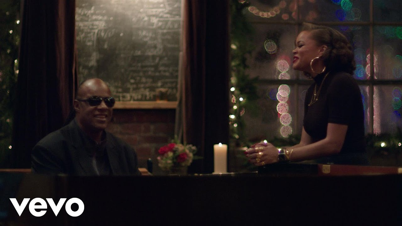 Stevie Wonder, Andra Day - Someday At Christmas - YouTube