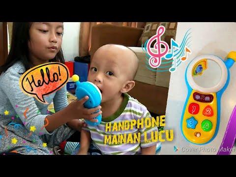 Bayi Lucu Main Handphone Mainan Sambil Belajar Musik Angka Warna