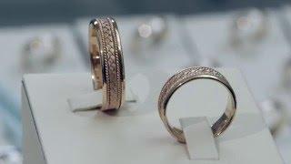 видео Необычные обручальные кольца в Москве | Купить оригинальные обручальные кольца нестандартной формы, изготовление на заказ в интернет-магазине Nota-Gold - фото, цены