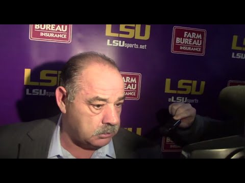 LSU DC John Chavis declines to answer questions about Texas A&M offer, gets testy | Video