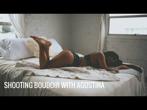 Photography Tips and Tricks: Natural Light Boudoir with Agostina DiMartino