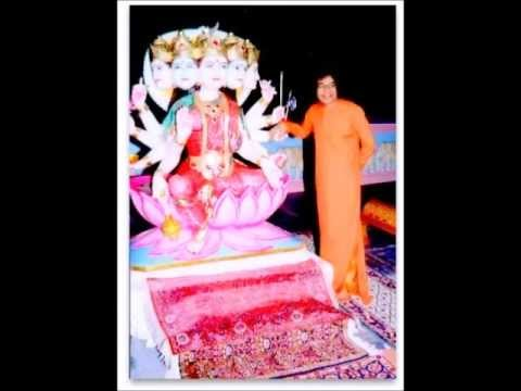 Sathya Sai Baba sings Gayatri mantra solo 2 hours (no music)