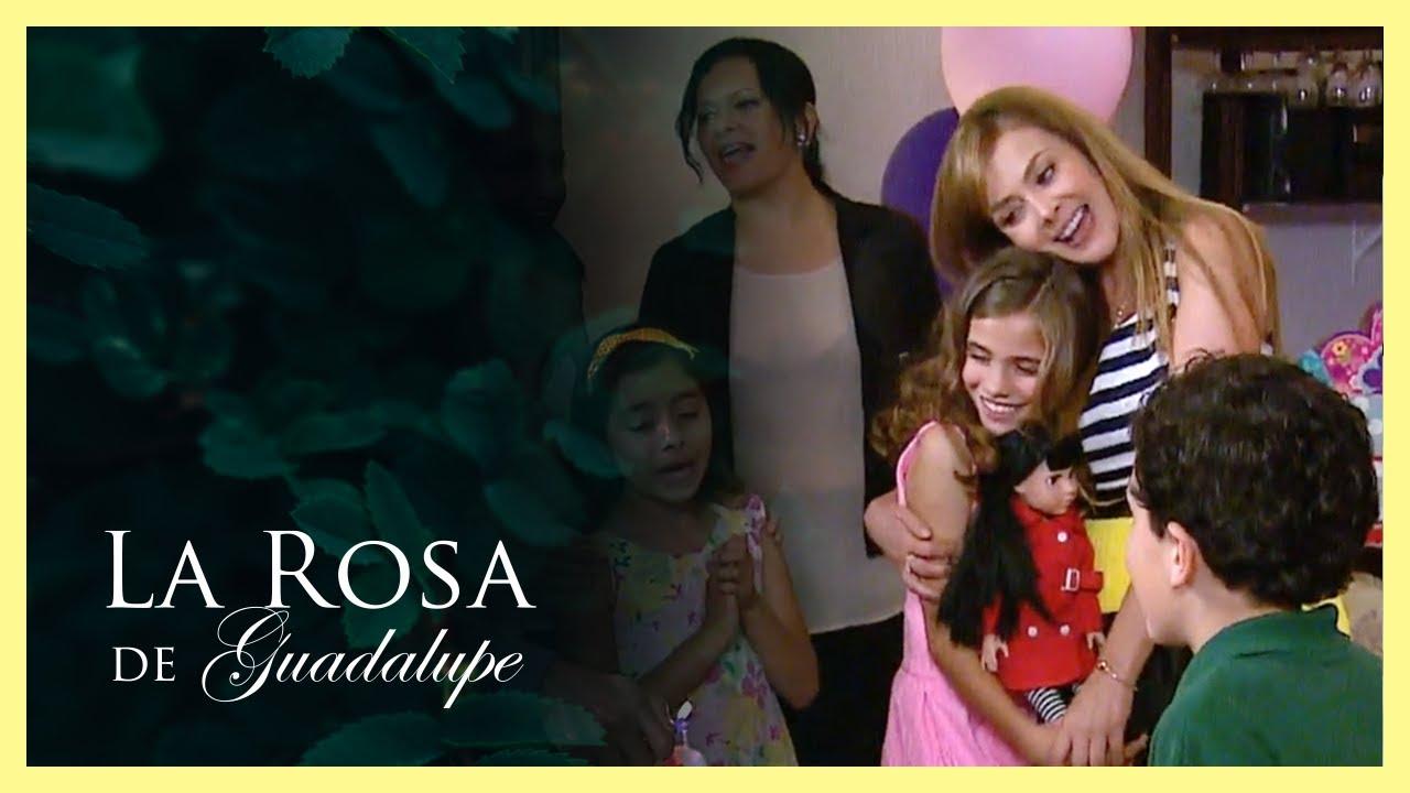 Alejandra se convierte en la madrina de Lucero | Un corazón no tiene color | La Rosa de Guadalupe