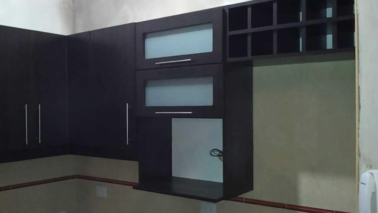 Fabrica muebles de cocina roble moro alacenas vidriadas for Alacenas de cocina