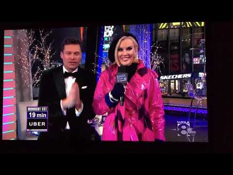 Jenny McCarthy New Years Eve Fall  Real or Fake???