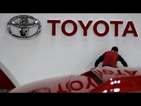 Toyota '86 sportscar totalled; Toyota recalls vehicles for seat belt problem - Compilation
