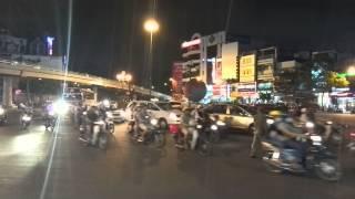 Переход дороги во Вьетнаме