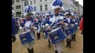 В Кёльне празднуют пик карнавального сезона(( http://ntdtv.ru ) 11 февраля тысячи любителей веселых празднеств заполнили улицы немецкого Кёльна, чтобы насладит..., 2013-02-12T06:54:09.000Z)