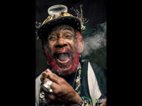 Lee Scratch Perry & The New Upsetters - To Russia With Dub!