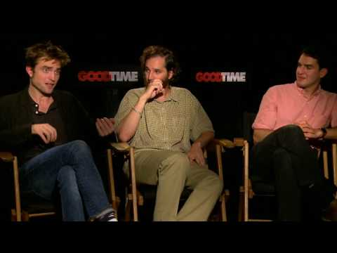 Download Youtube: Good Time interview with Robert Pattinson Joshua Safdie Ben Safdie