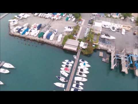Drone bebop2 no Bahia Marina