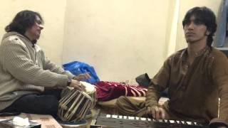 Hans Ke Bola Karo by Sakhawat Huzoor and Ustad Tari Khan Sahib