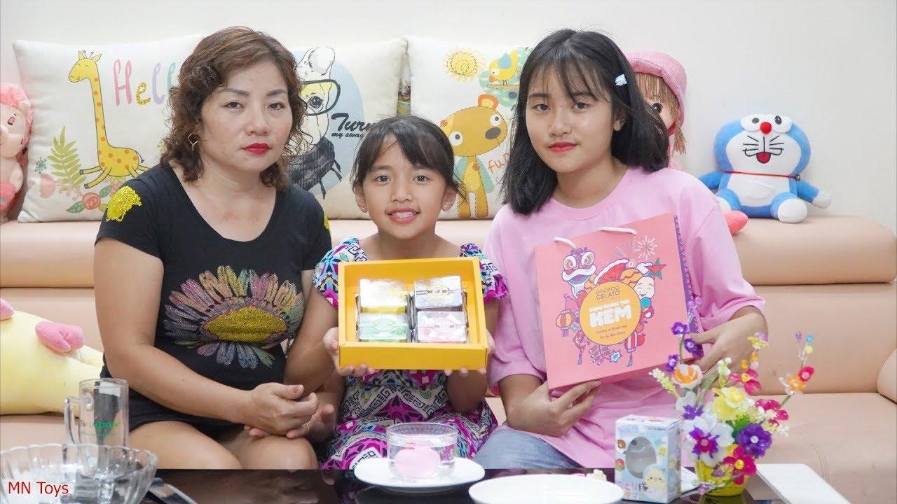 Mẹ Mua Kem Bánh Trung Thu Đặc Biệt Cho Hai Chị Em Ăn - MN Toys