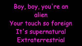 katy perry E.T makalah.whittaker