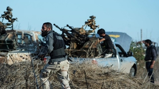 أخبار عربية - مسلحون مرتبطون بداعش في سوريا يحتلون قرى حدودية مع الأردن