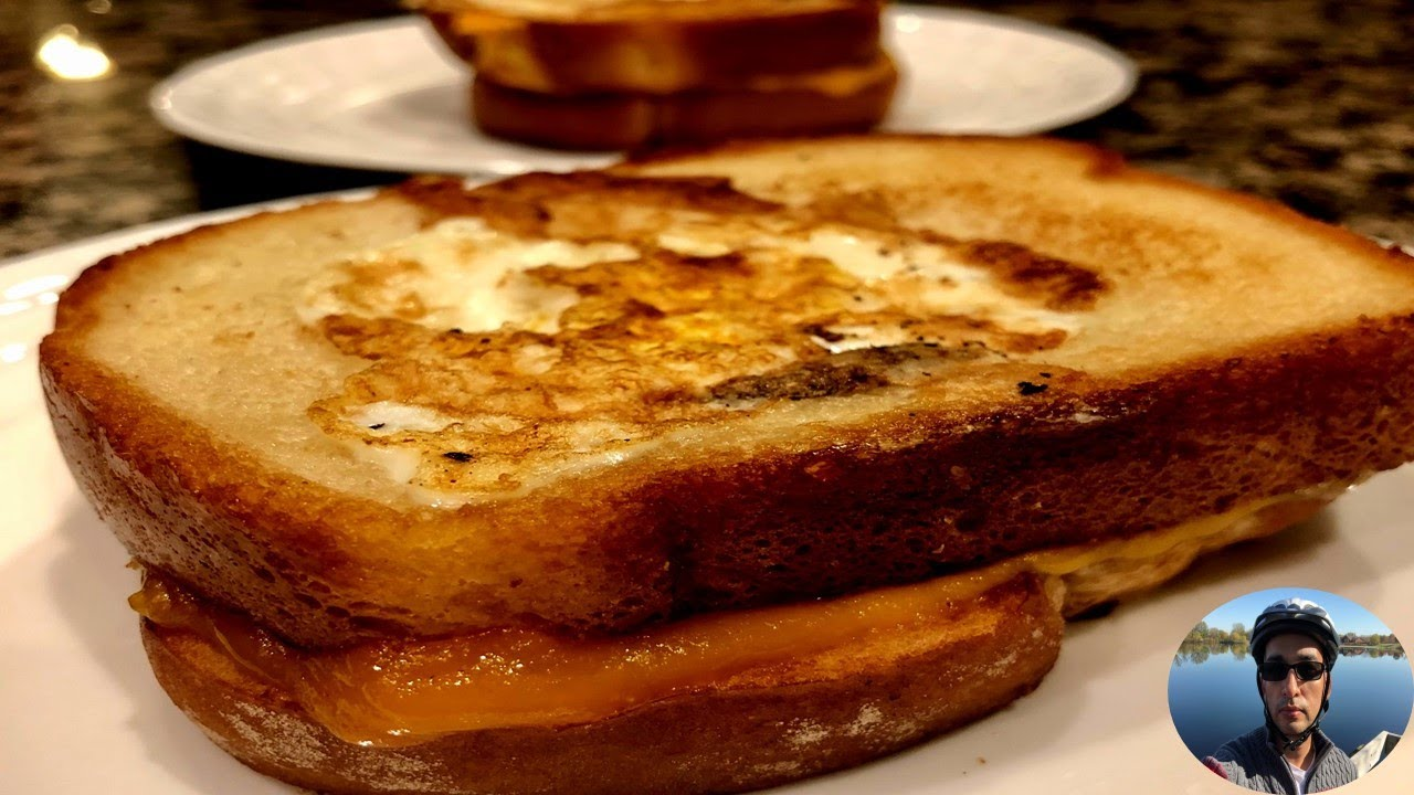 Cook #WithMe Eggs In the Grilled-Cheese Basket