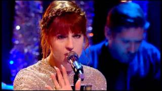 Florence the Machine - Spectrum (Live Christmas Top of the Pops)