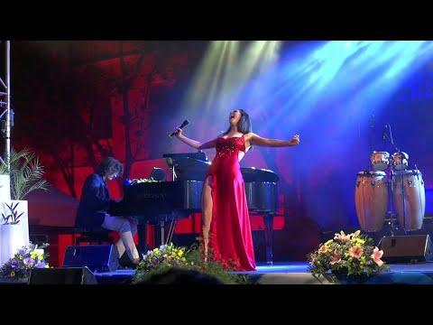 Ruth Lorenzo - Desnuda Y Con Las Ganas (En Directo) Single Inédito 2018 thumbnail