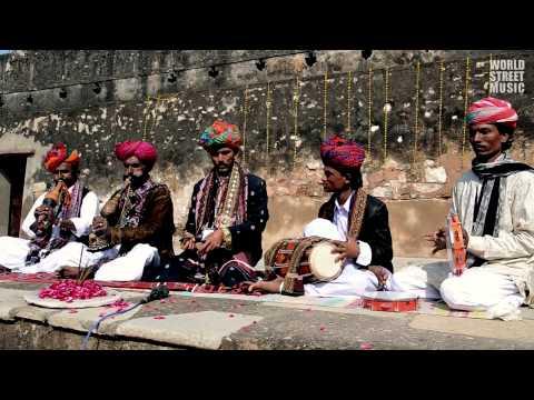 Indian Street Music : Snake Charmers Music #3 (HD)