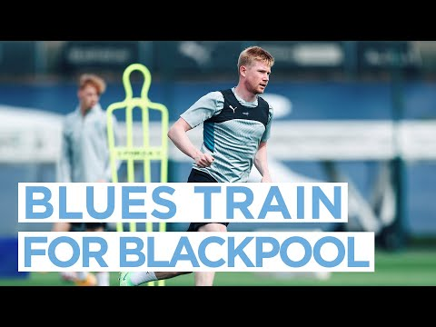 BLUES TRAIN IN FRONT OF BLACKPOOL!  |  FIRST TEAM TRAINING
