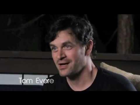 Tom Everett Scott Stars at Hollywood Poker's Celebrity Home Game