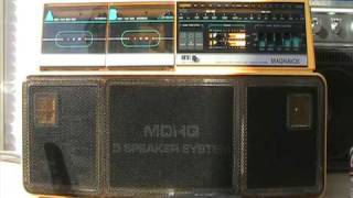 Magnavox D8300 Boombox aka Philips D8303
