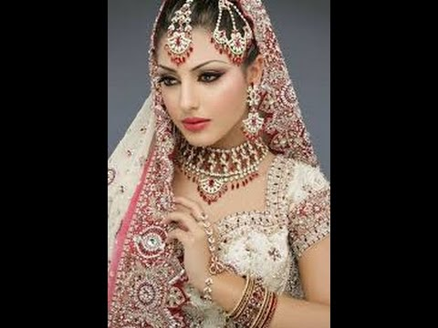 Fresh News Thumbs Down For Wedding Gowns In Hindi Review