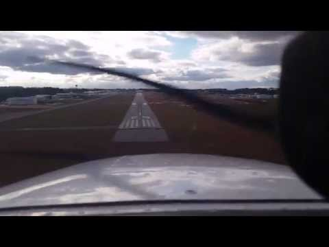 How to fly into Gwinnett County Airport